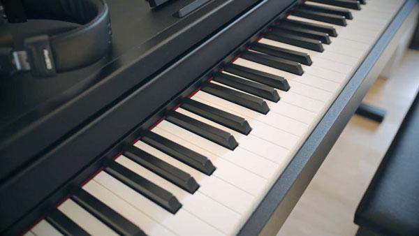 Tastiera Roland RP102